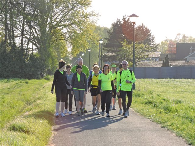 http://joggingclubmoerbeke.be/2014/s2r/s2r1.jpg