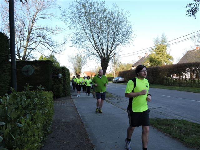 http://joggingclubmoerbeke.be/2014/s2r/s2r4.jpg